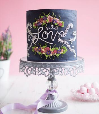 chalkboard_buttercream_cake