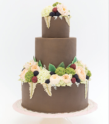 brown_floral_buttercream_cake