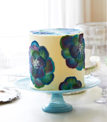 bluegreen_buttercream_cake