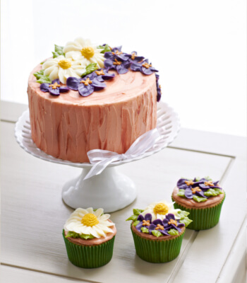 small_floral_buttercream_cake