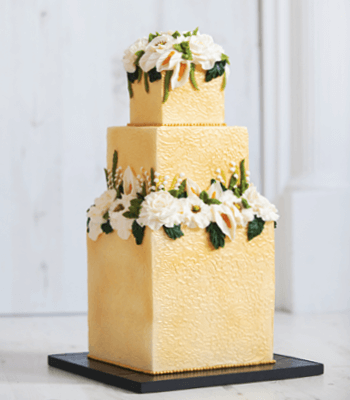 gold__buttercream_cake