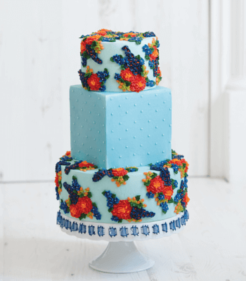 blue_floral__buttercream_cake